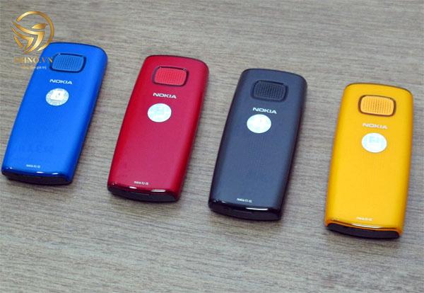 mặt sau điện thoại nokia cũ x1 01