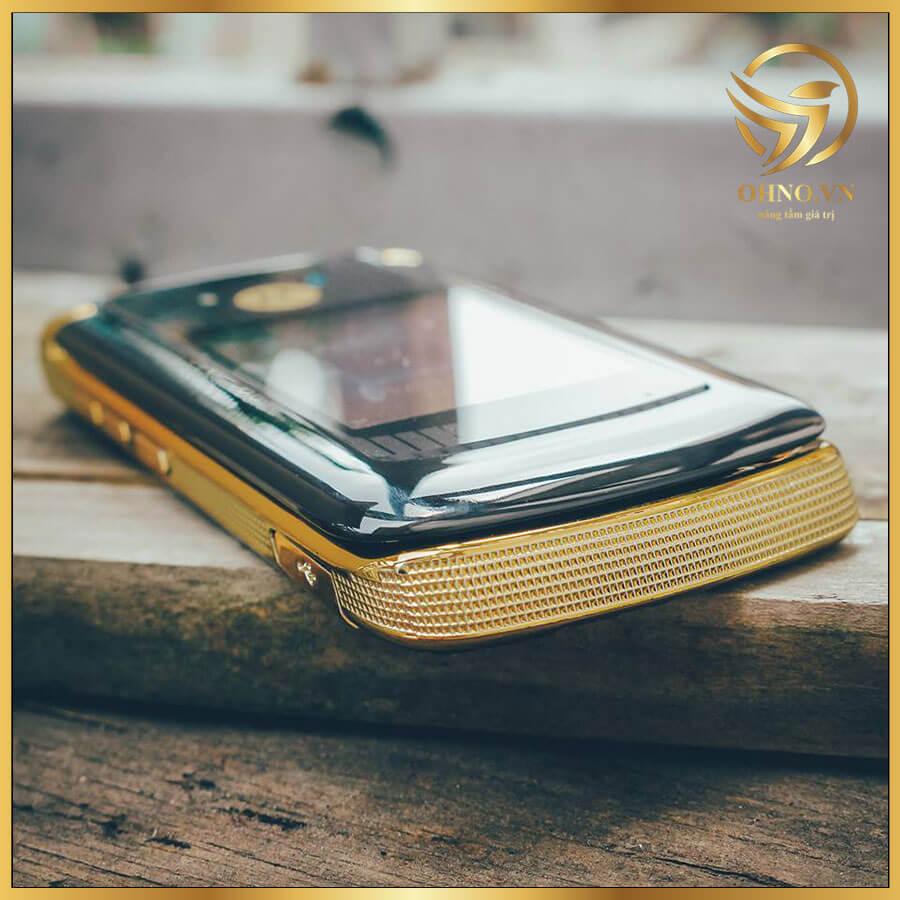 DT Dien Thoa Bat Nap Gap Motorola Moto Rarzr Razr 2 V8 2GB Co Cu Gold Luxury Edition Dien Thoai Ban Phim Bat Nap Gap Bat Dep Zin Chinh Hang