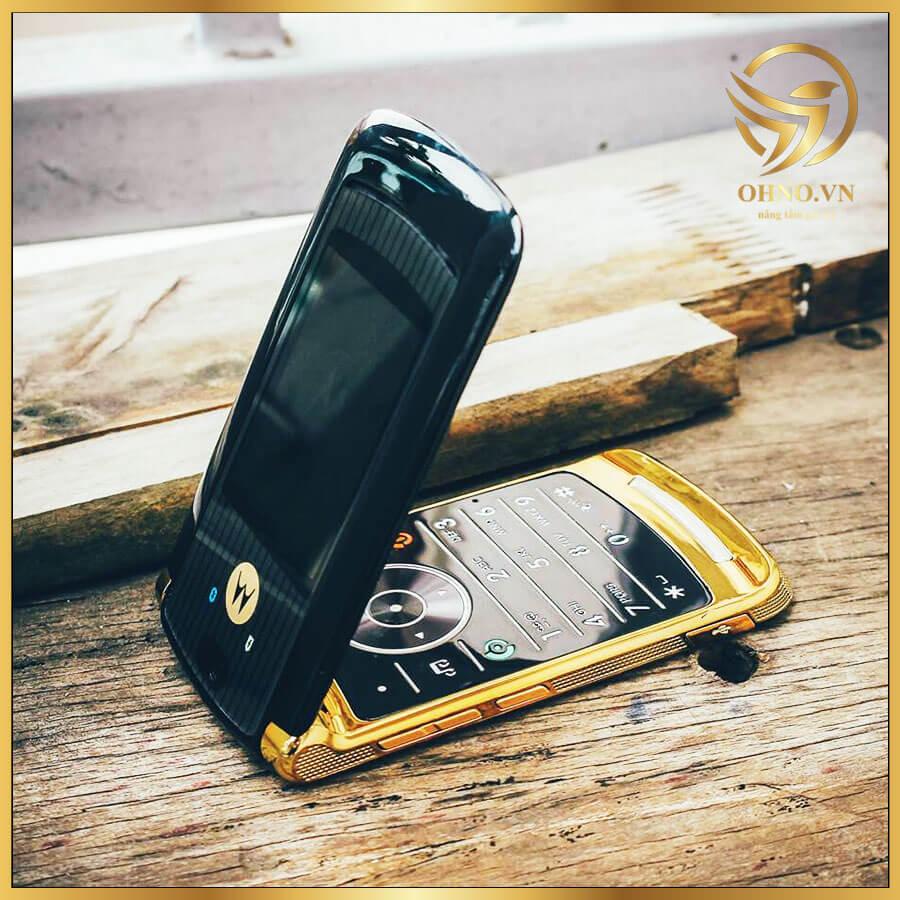 ĐT Điện Thoại Bật Nắp Gập Motorola Moto Razr Razr2 V8 2GB Cổ Cũ Gold Luxury Edition Điện Thoại Bàn Phím Bật Nắp Gập Bật Đẹp ZIN Chính Hãng